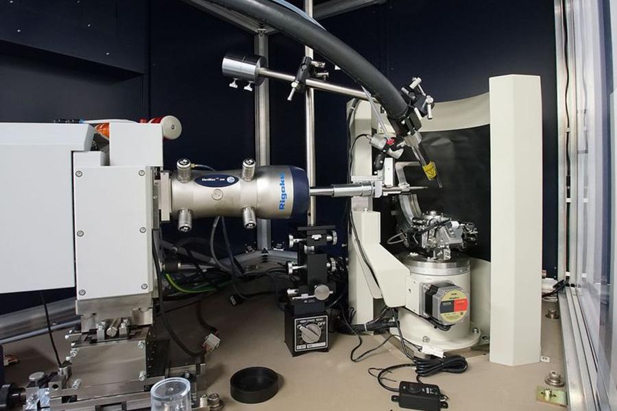 多目的X線結晶構造解析システム(単結晶XRD)